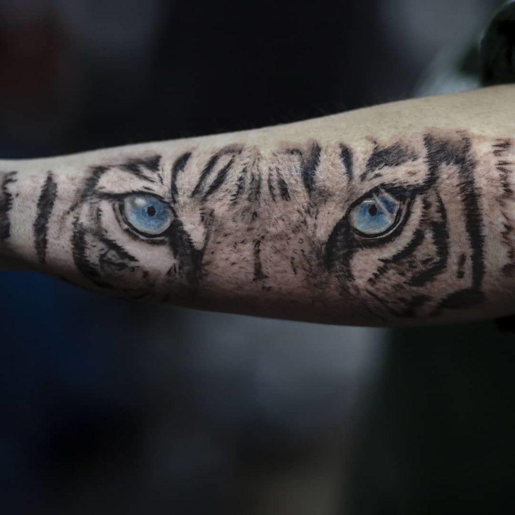 Blue Tiger Eyes